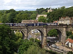 Train on Knaresborough Viaduct
