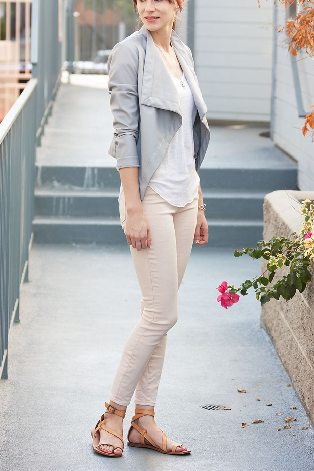 Blush colored jeans – Global fashion jeans collection