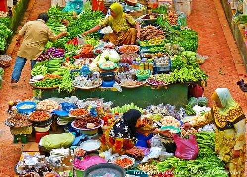Pasar Besar Siti Khadijah 001