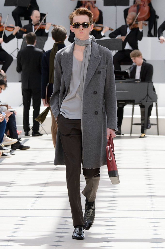 SS16 London Burberry Prorsum024_Danny Keeves(fashionising.com)