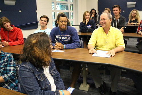Paul Gagon (in the yellow shirt) speaks with CAHNR students. Photo by Jillian Ives.