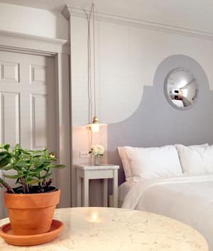 ebenhouse_hotelroomcloseup