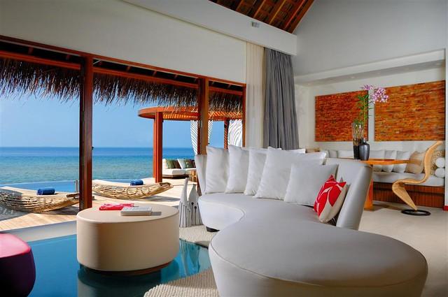 W Retreat & Spa - Maldives—Seascape Escape Living Room
