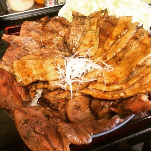 帯広豚丼。