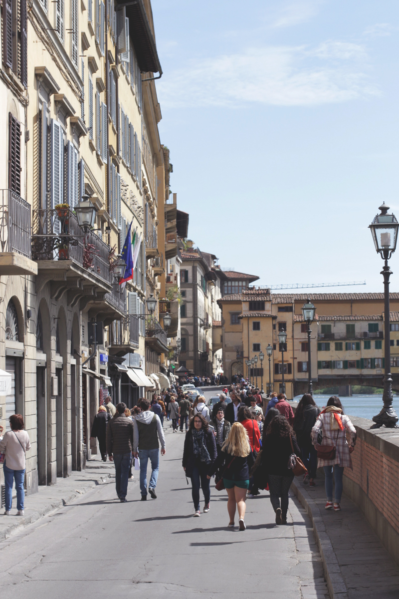 Streets of Florence, Bumpkin Betty