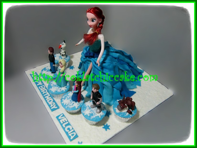 Cake Disney Frozen / Cake Barbie