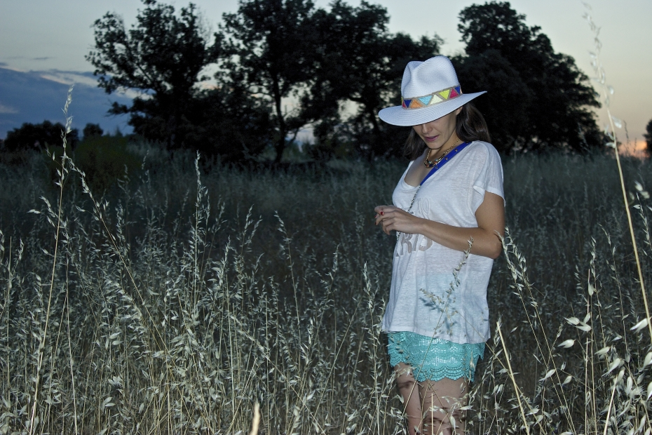 lara-vazquez-mad-lula-look-ootd-fashion-blog-vogue-moda-streetstyle-hat-white-spring-outfit