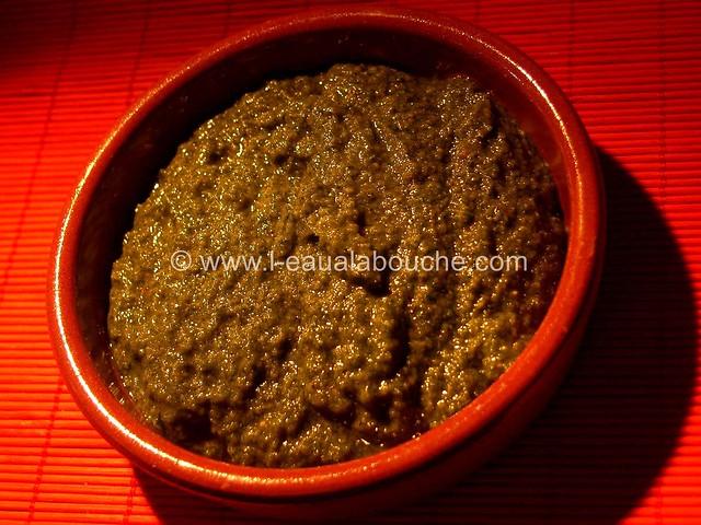 Sauce Pesto Menthe Basilic Coriandre © Ana Luthi Tous droits réservés 001_GF