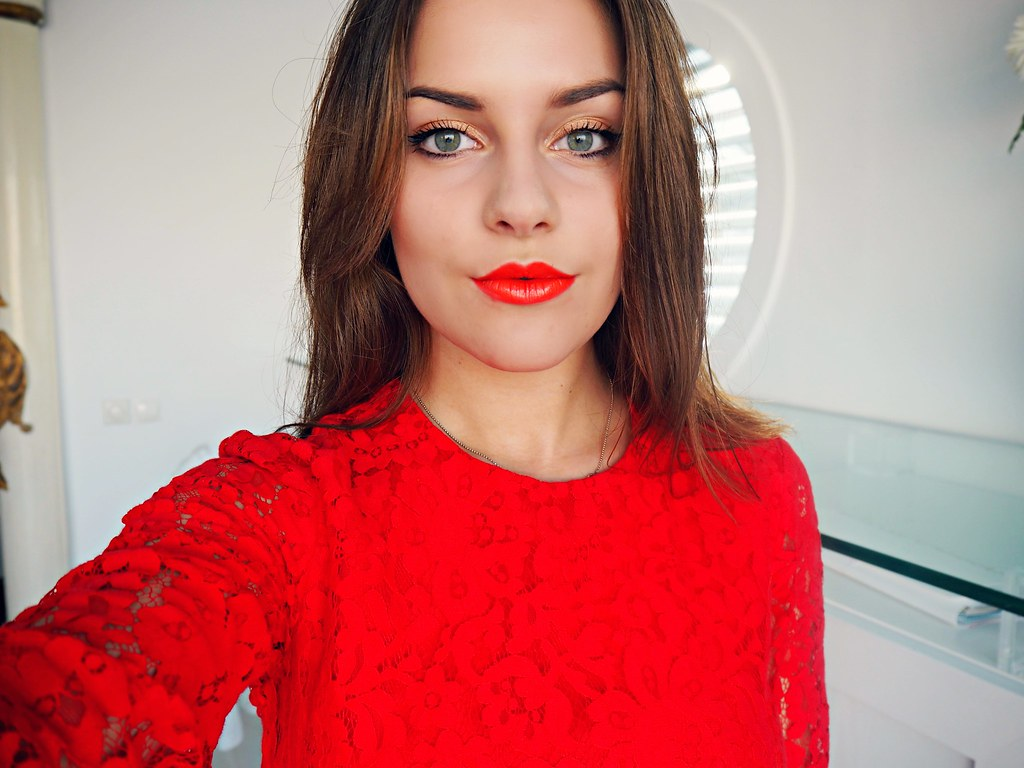 H&M red lace dress the little magpie