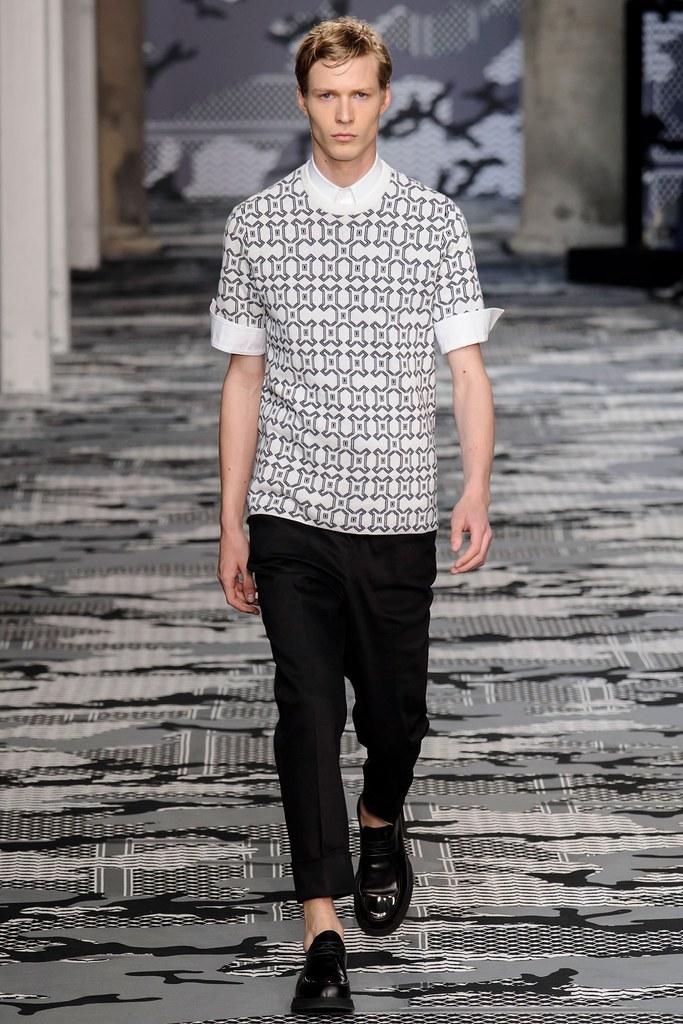 SS16 Milan Neil Barrett028_Sven de Vries(fashionising.com)