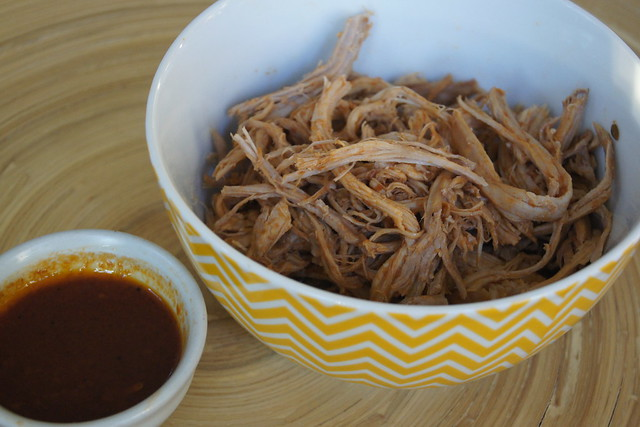 Slow cooker pulled pork DSC05216