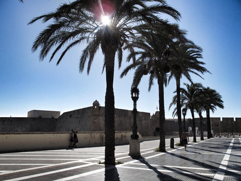 castillo santa catalina_cadiz_ingeniero_cristobal rojas_arquitectura defensiva_entrada_foso_esclusas_