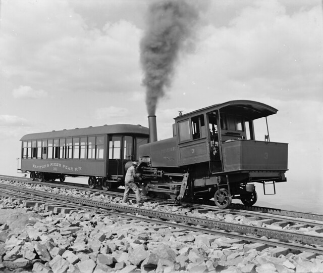 Pike's_Peak_Railway