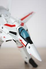 [Revoltech] #084 Valkyrie VF-1J