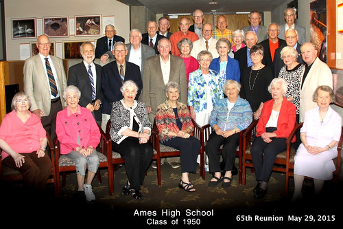 2015-05-29 1950 Ames High School 65-year reunion group photo Ames Iowa