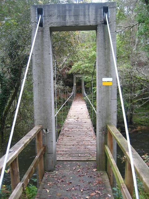 Puente en la Ruta Veiga do Mandeo