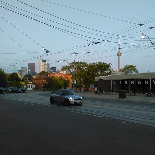 Downtown Toronto as seen from Bathurst and Dundas #toronto #skyscraper #cntower #bathurststreet #dundasstreetwest
