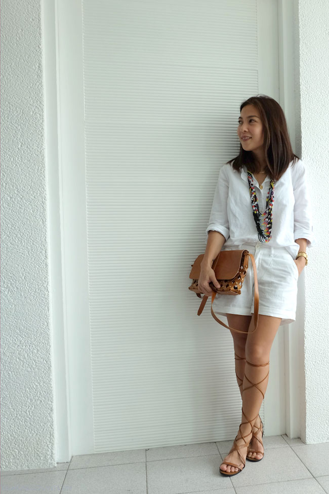 WHITE ON WHITE OUTFIT W GLADIATOR SANDALS