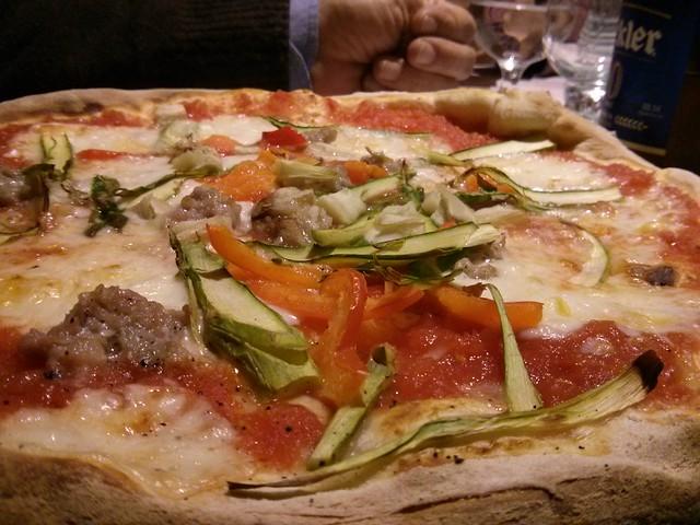 pizza rica en lucciola vila-real