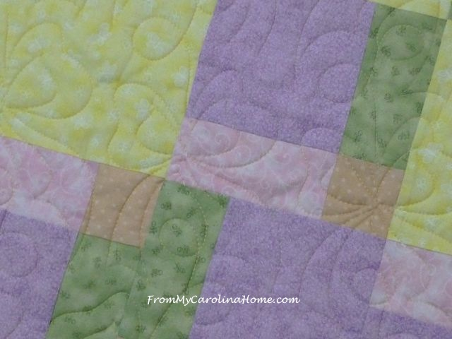 D9P Tiles bow quilting close