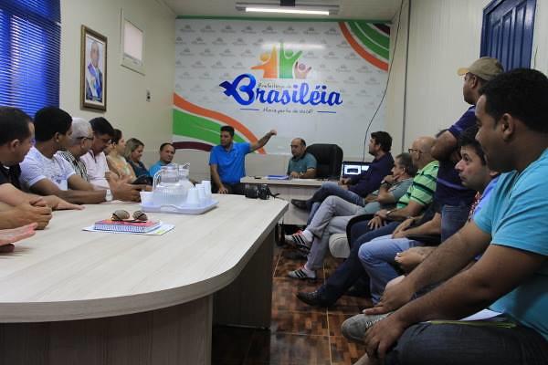 Reunião com prefeito e secretários de Brasileia