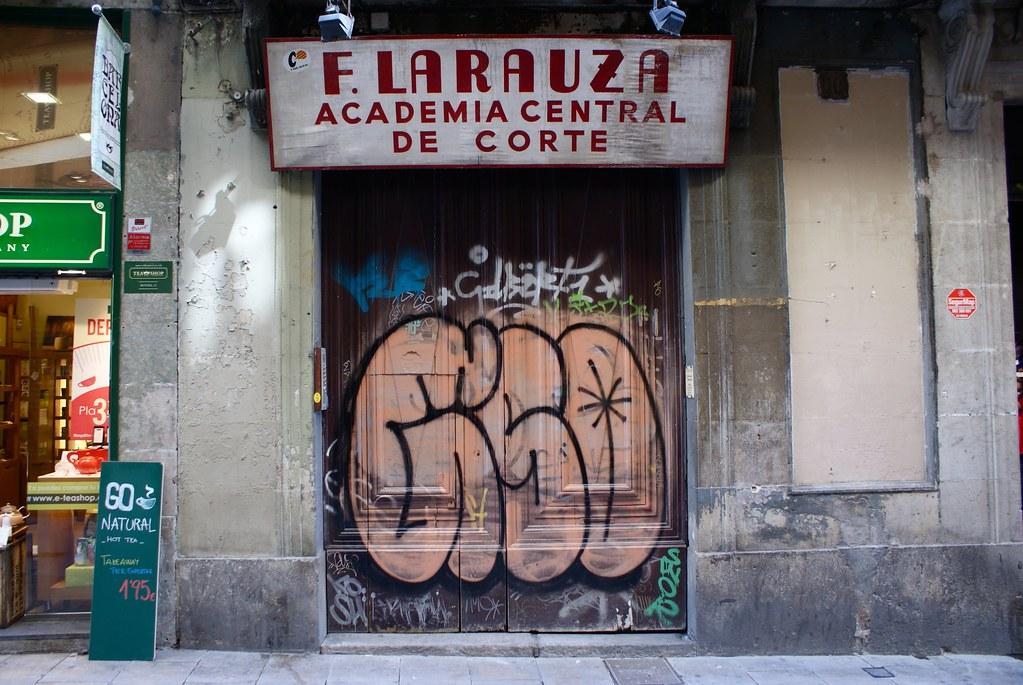 Graffiti explicite à Barcelone.
