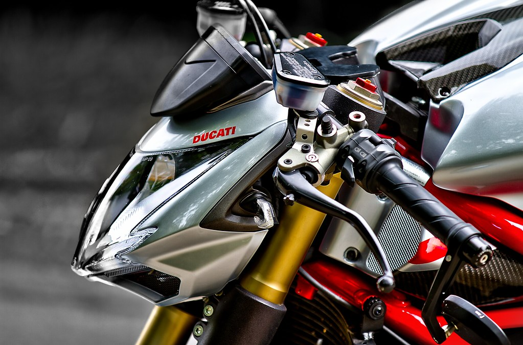 Ducati Streetfighter 848 White Ducati Streetfighter 848