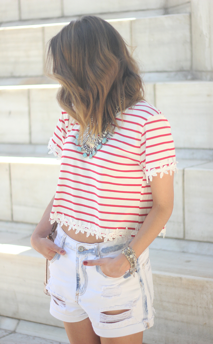 Striped T-Shirt With Denim Shorts03