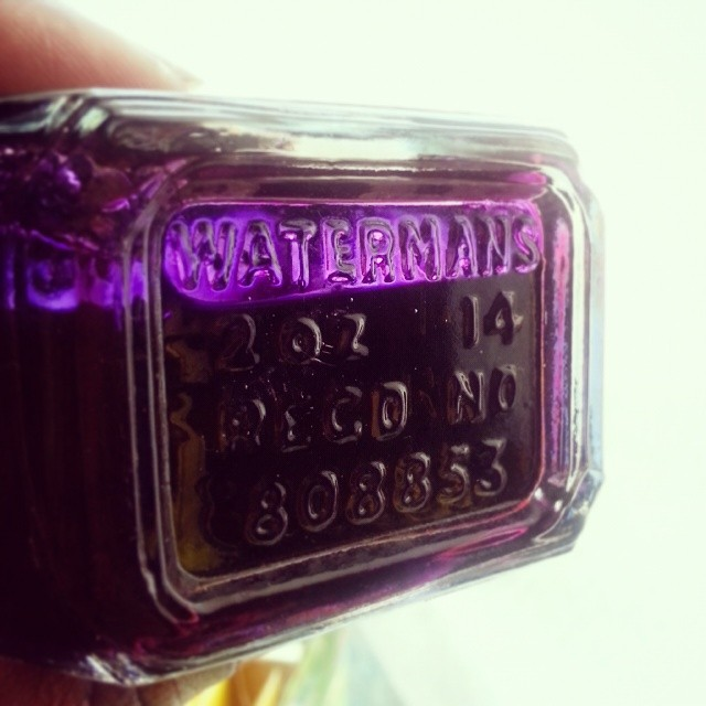 Bottom of the bottle #waterman #patrician #purple #ink #vintage #fountainpen #inkbottle #fpgeeks #luckyfind #pretty