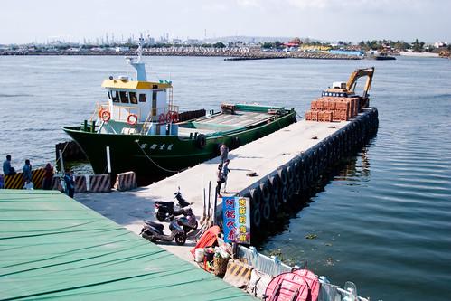 到屏東東港碼頭看海去 (4)