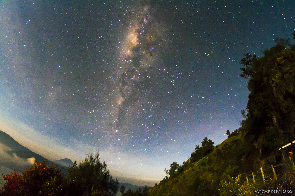 Milky Way at King Kong Hill Lookout Point