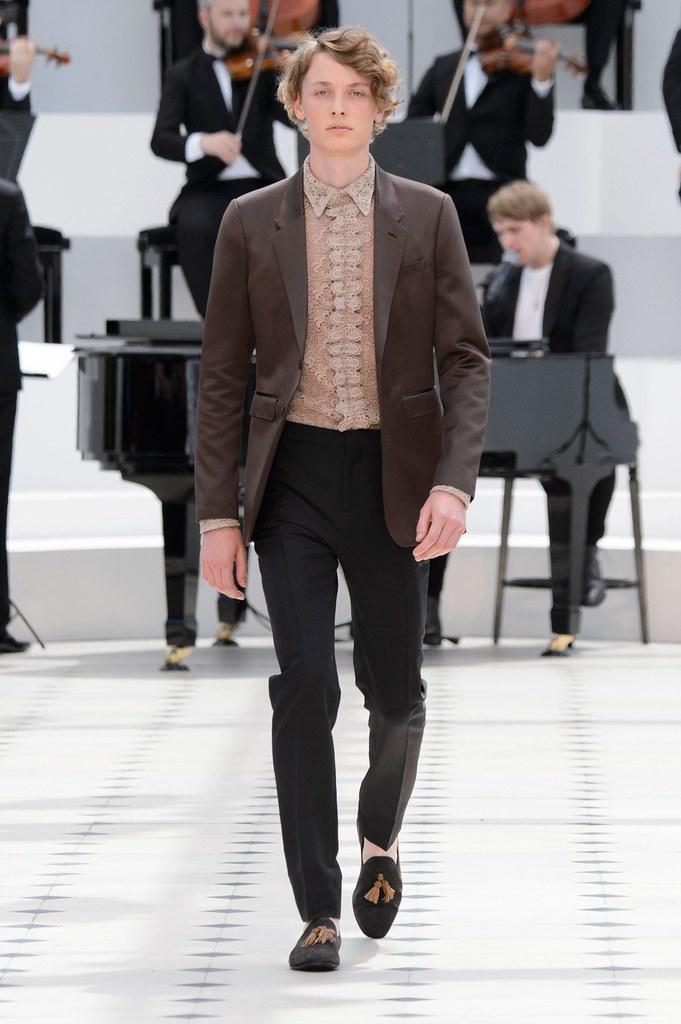 SS16 London Burberry Prorsum030_Charlie Radford(fashionising.com)