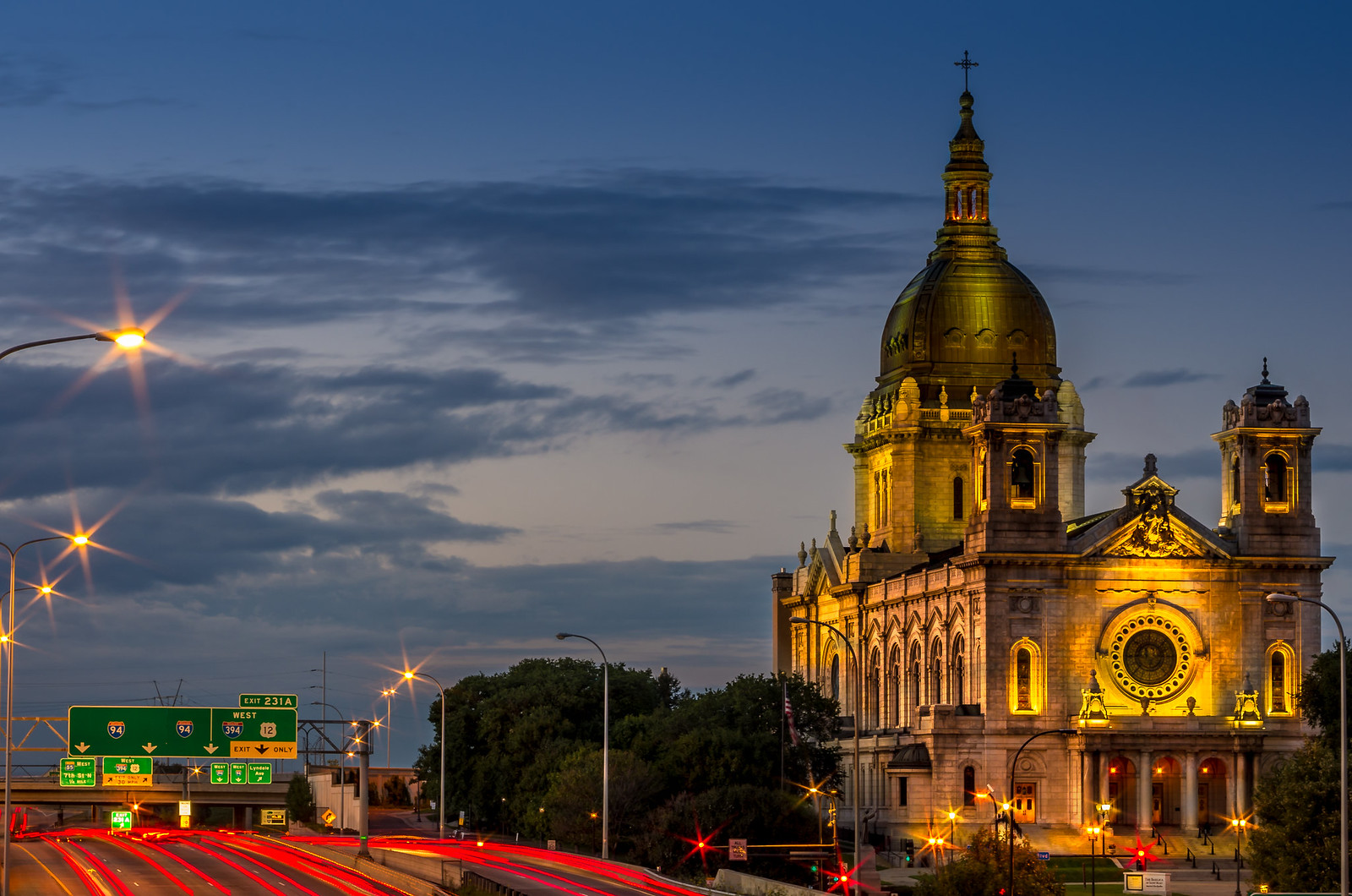basilica of st. mary in minneapolis at night