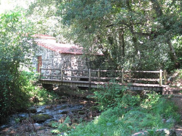 Puente en el PR-G 102 Sendeiro dos Muíños do Río Maior