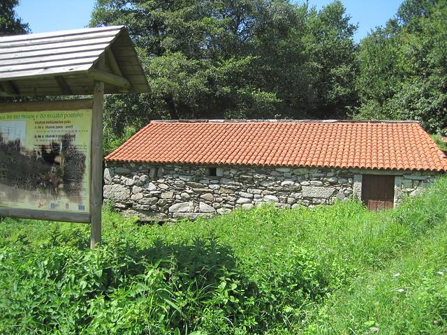 Molino 2 en el PR-G 102 Sendeiro dos Muíños do Río Maior