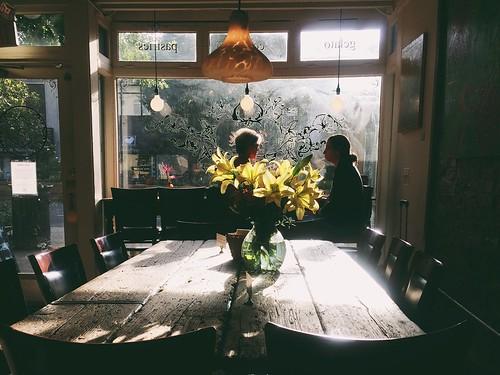 morning cafe glow
