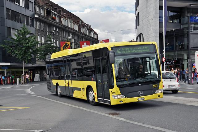 Mercedes Citaro 155 fährt am 29.07.2014 zur Haltestelle Bahnhof Thun.