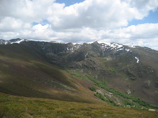 Valle del Xares en la Ascensión a Pena Trevinca