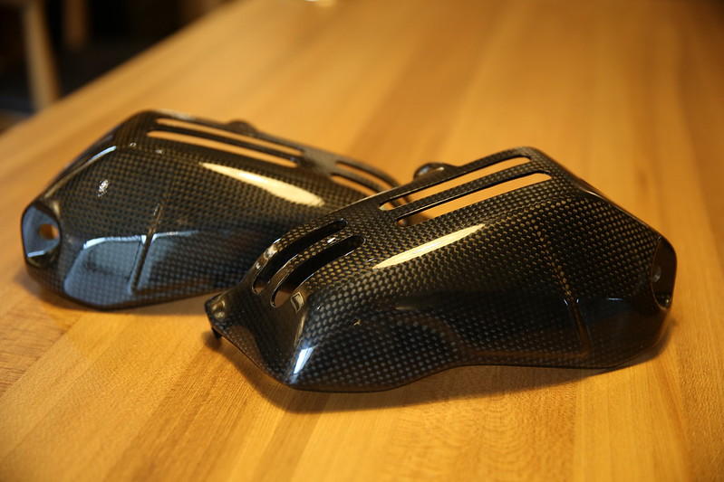 BMW R1200RS Cylinder Cover