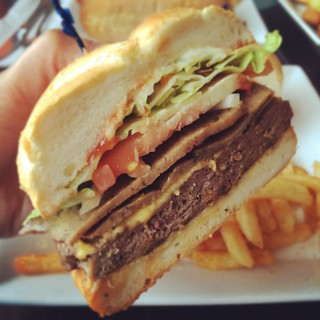 Halal gyro cheeseburger at Shahi Nihari Hot N Spicy restaurant in Villa Park, Illinois | by Louisa Chu
