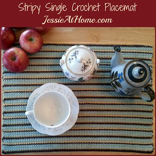 Stripy-Single-Crochet-Placemat-Small-Square