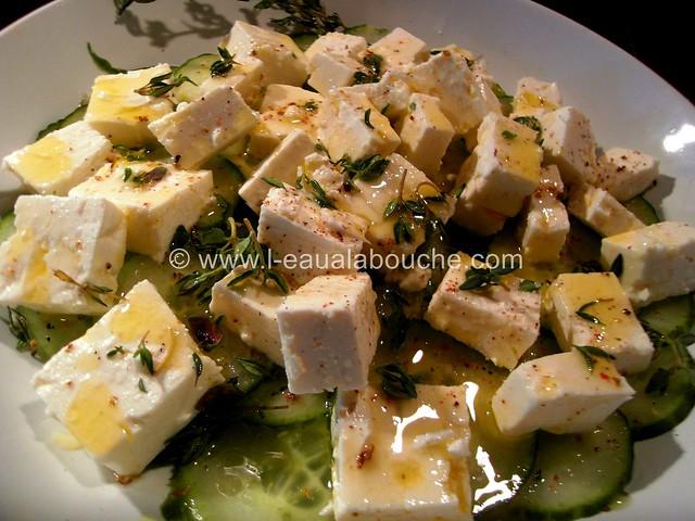 Salade de Concombre au Feta Vinaigrette © Ana Luthi Tous droits réservés 01