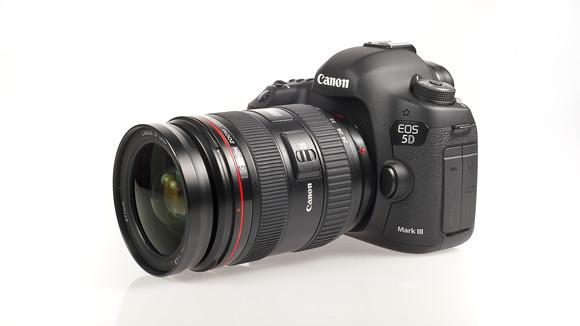 Rumeurs : le lancement du Canon 5D Mark IV n'aura pas lieu en 2015