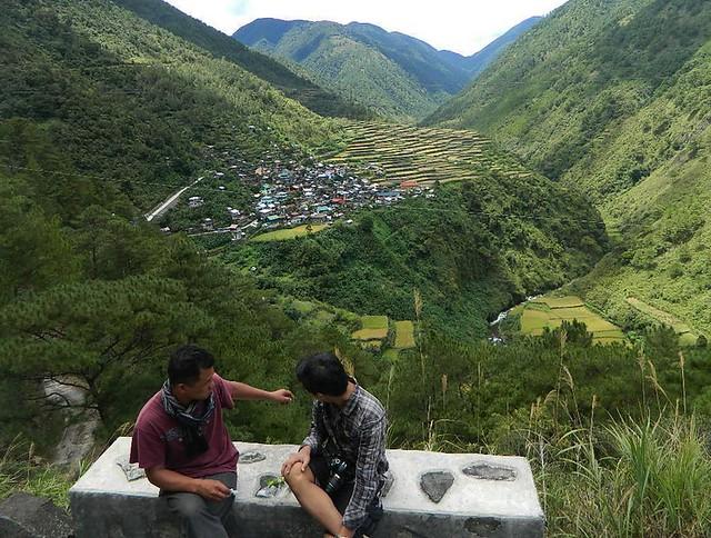 Hangout with locals of Sagada