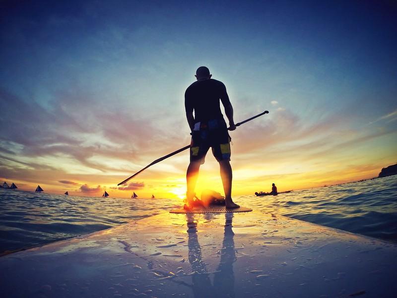 surfing-in-boracay