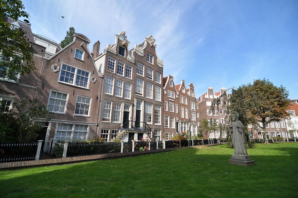 Begijnhof - Amsterdam - NL
