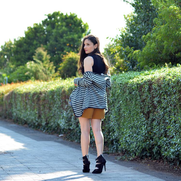 zara_ootd_outfit_mustard_tfnc_oasap_como_combinar_05