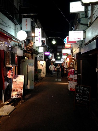 Shinjuku Golden Gai (新宿ゴールデン街)