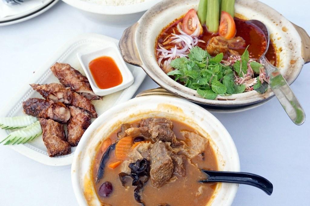 Pork free Nyonya & Hainanese food Hainantown Restaurant PENANG-003