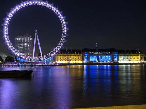 London Eye and County Hall | by Berto Garcia